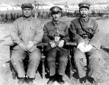 冯玉祥、蒋介石、阎锡山合影